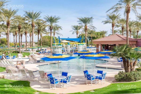 Sun City Grand, pool